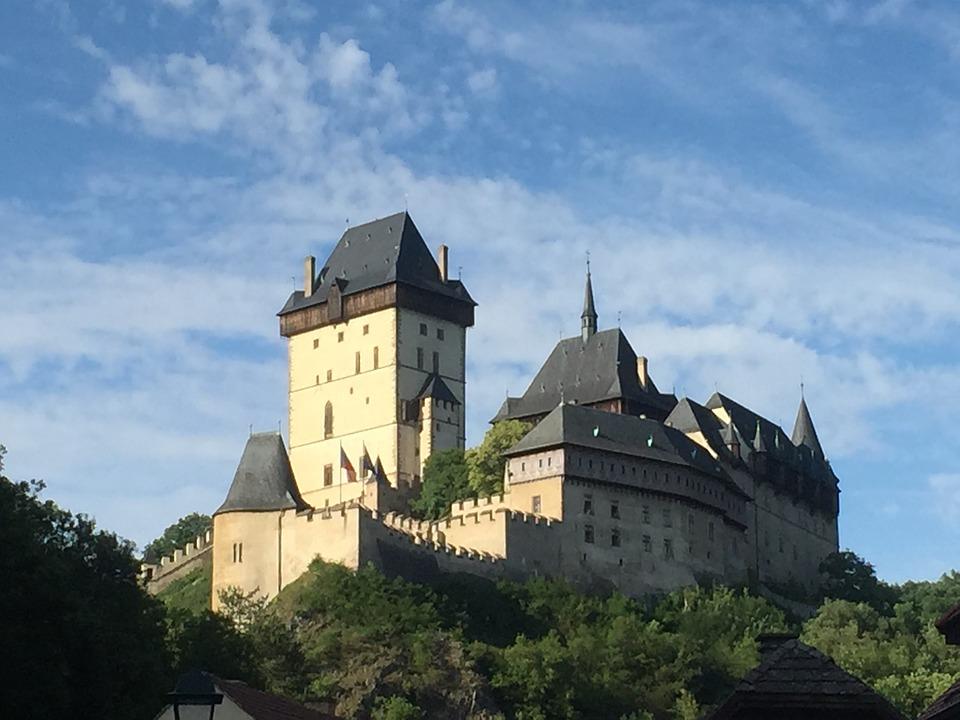 českých hradů a zámků