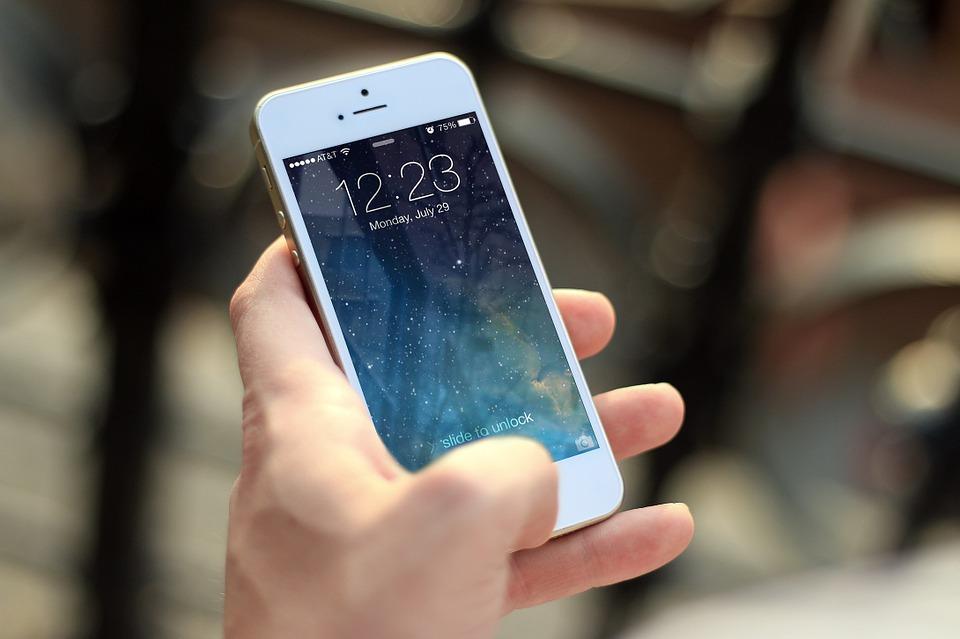 hudbu pouze z iPhonu