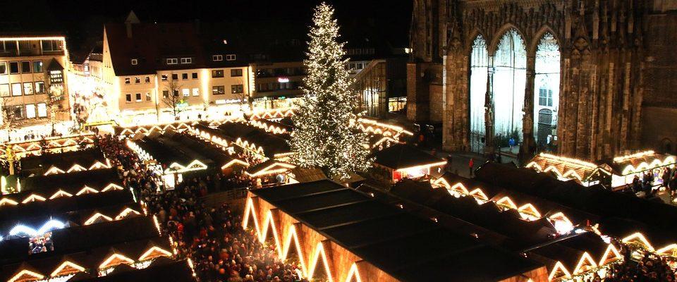 Smrk ztepilý na vánočních trzích