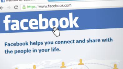 Facebook a Zuckerberg