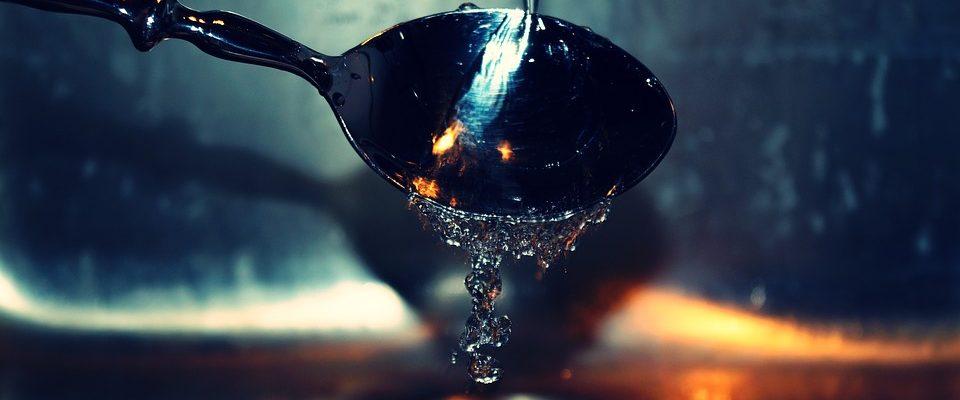 Mytí nádobí vede k lepší představivosti. Potvrzuje to Gates i Bezos