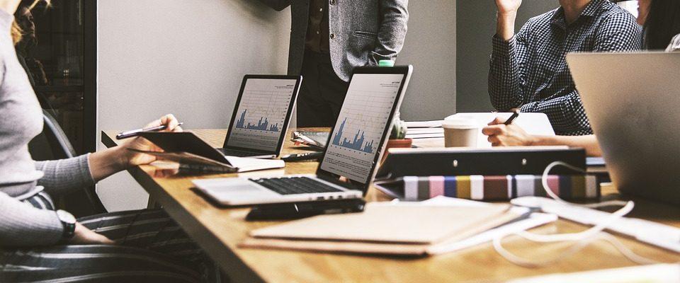 Na vaší efektivitě se podílí i pracovní místo. Jak ho zařídit?